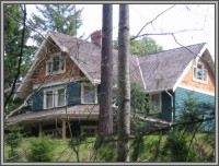 The Hale Eddy Bed & Breakfast Suites, Salt Spring Island  - Looking at Forest Suite on second floor